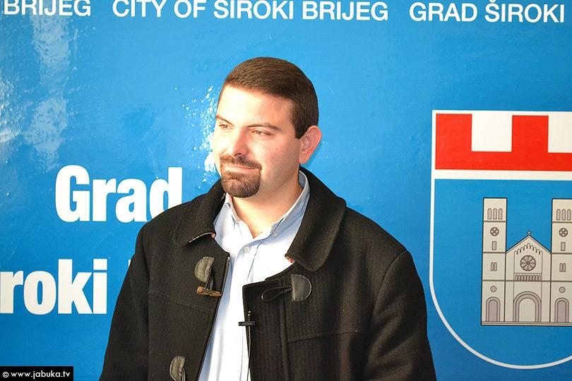 Josip Zelenika, predstavnik udruge mladih i predsjednik Zdravstvenog vijeća Grada Širokog Brijega